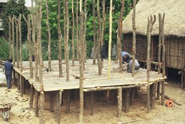 The wooden flooring was laid using split trunks.